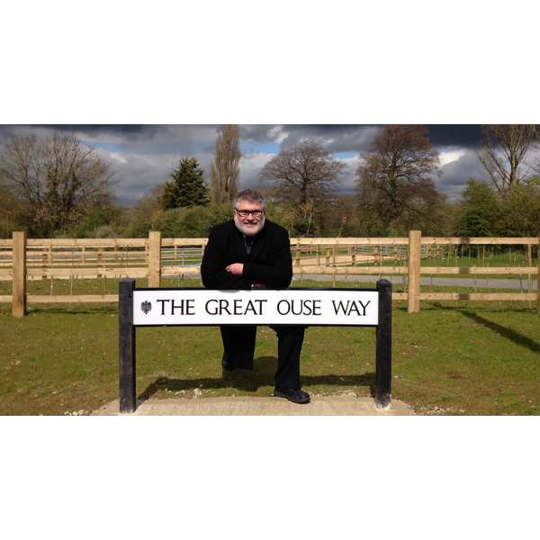 Mayor Dave Hodgson with The Great Ouse Way Road Sign