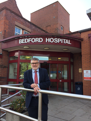 Mayor Dave Hodgson at Bedford Hospital