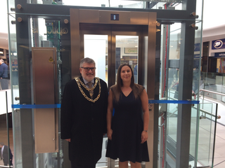 Mayor Dave Hodgson with Centre Manager Sam Laycock at the Official Opening of the refurbished Harpur Centre