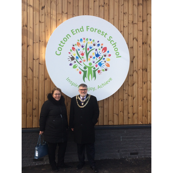 Mayor Dave Hodgson and Cllr Sarah Gallagher at Cotton End Forest School