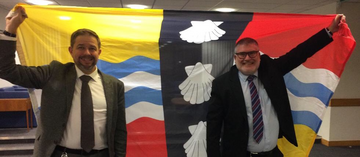 Mayor Dave Hodgson and Councillor Jon Abbott with the Bedfordshire Flag
