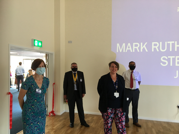 Mayor Dave Hodgson visit to Mark Rutherford to see new STEM teaching block